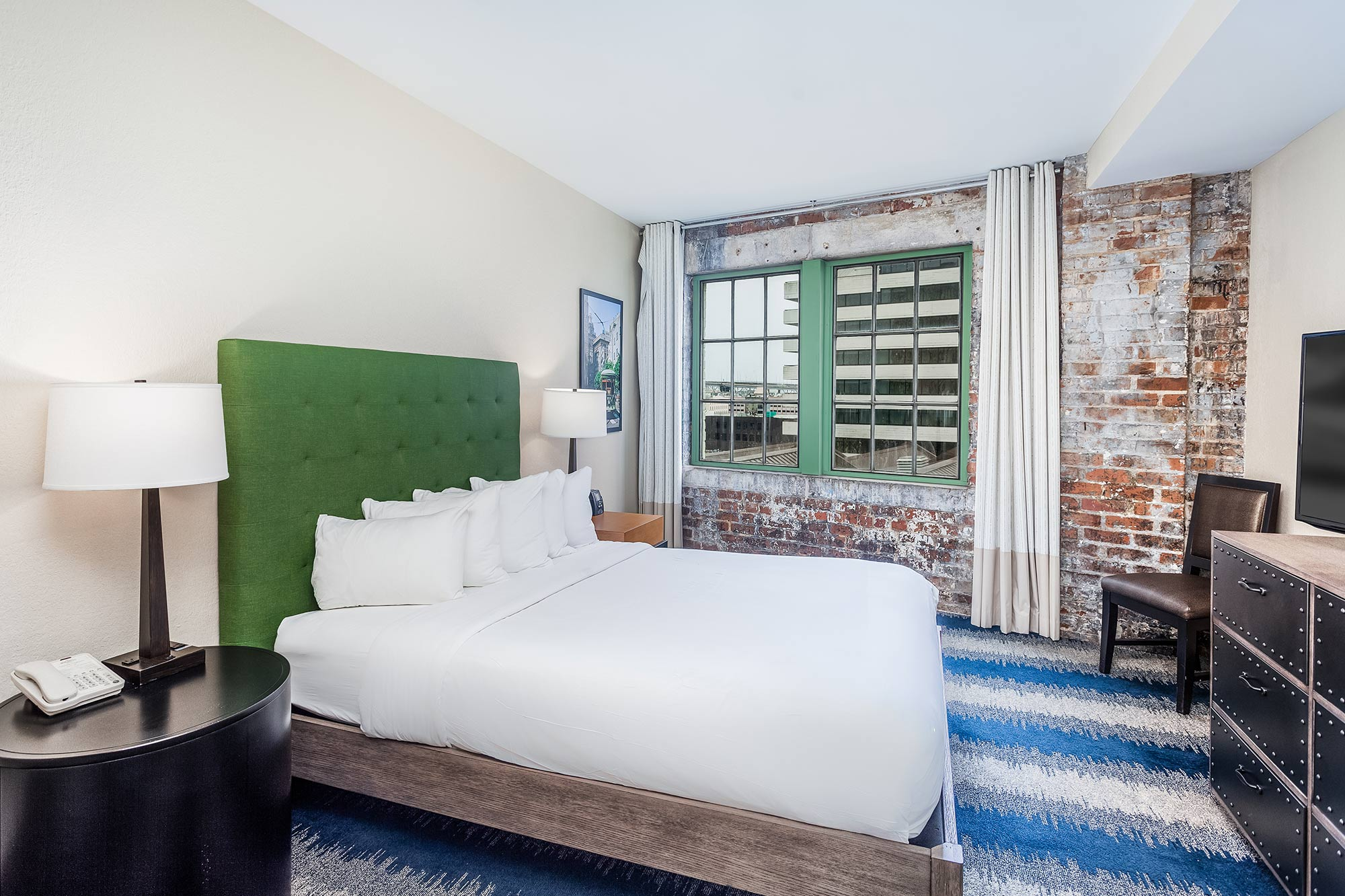 Queen Bed Suite | The Mercantile Hotel | New Orleans LA
