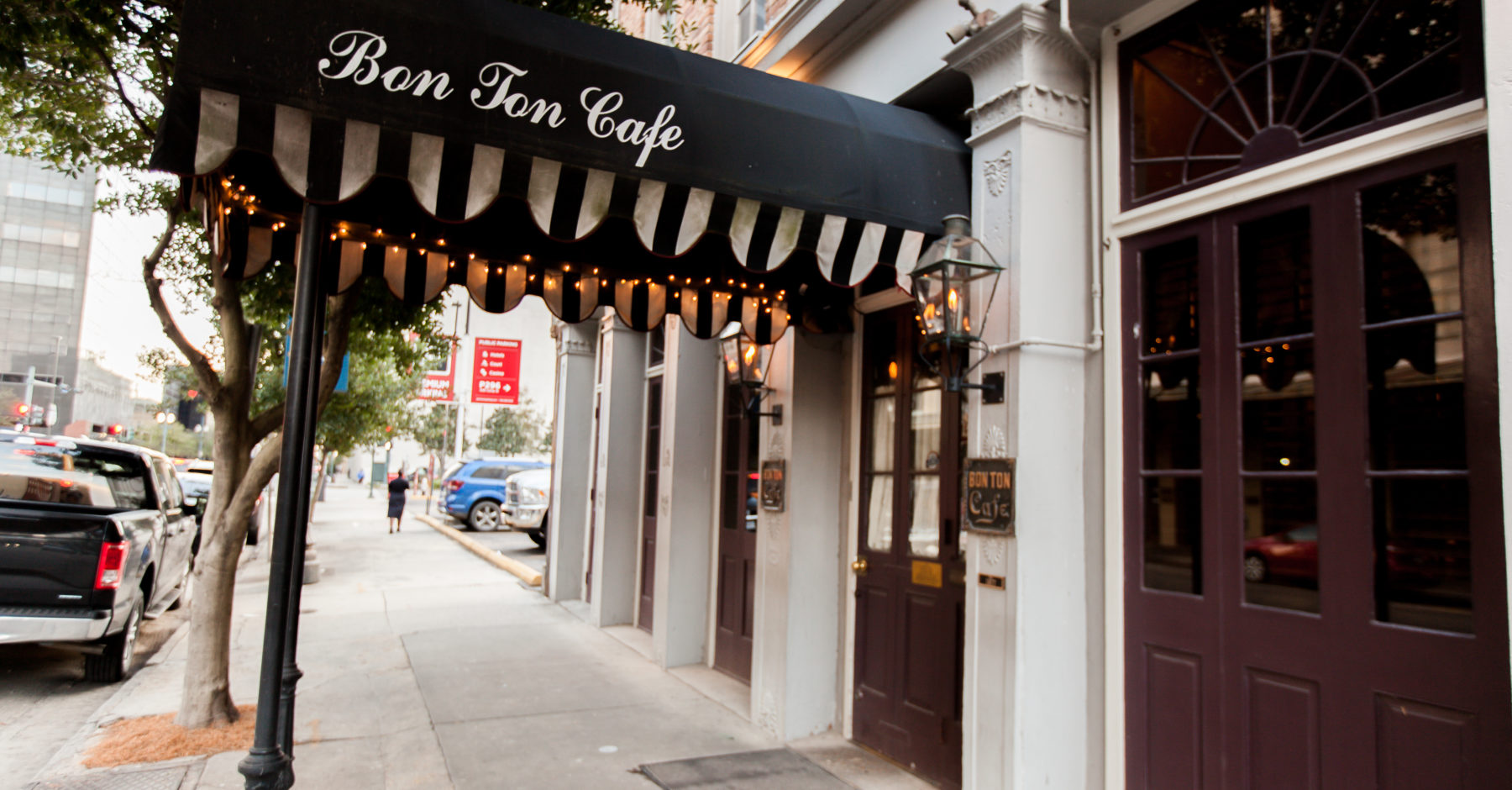 Bon Ton Cafe Exterior