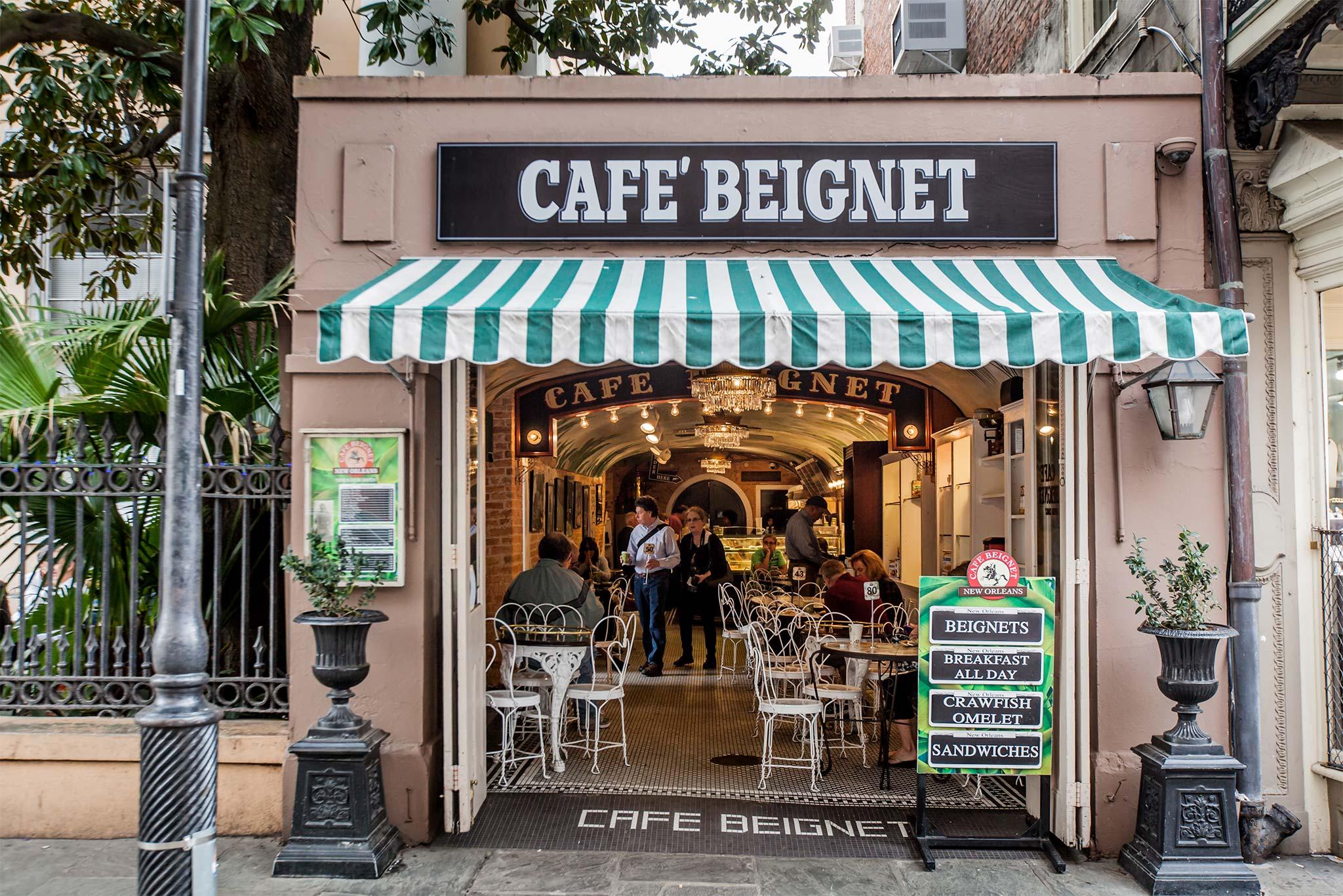 Cafe Beignet Exterior