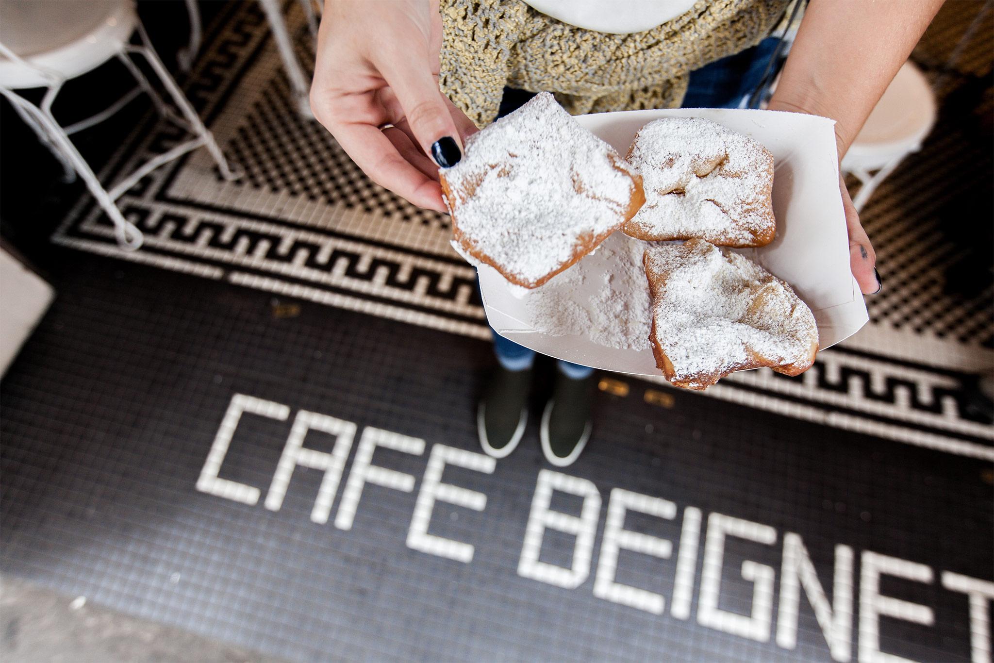Cafe Beignet Beignets