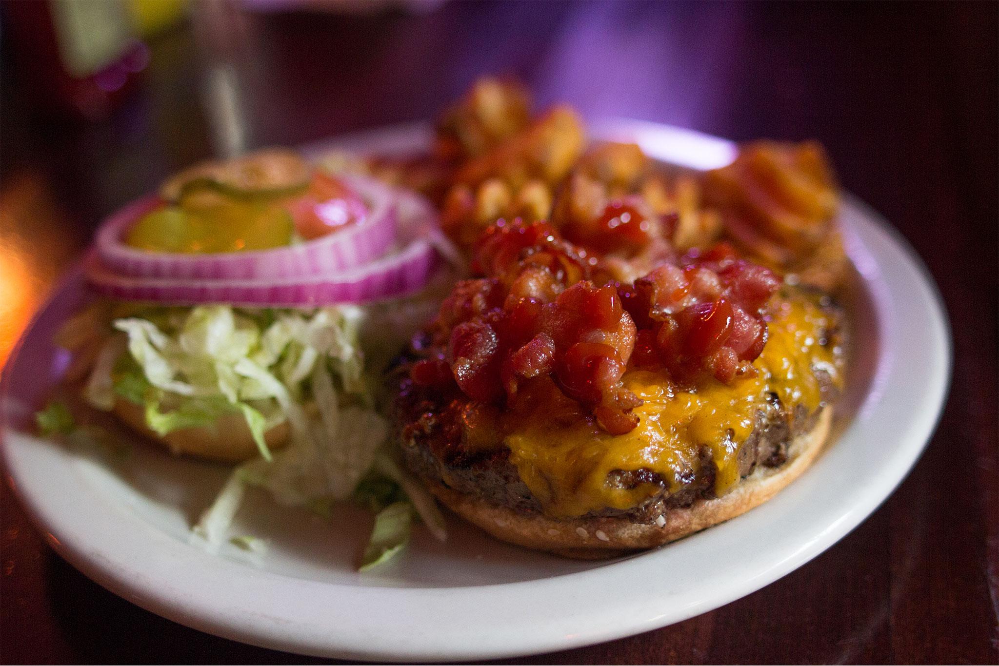 Dinos Bar and Grill Burger