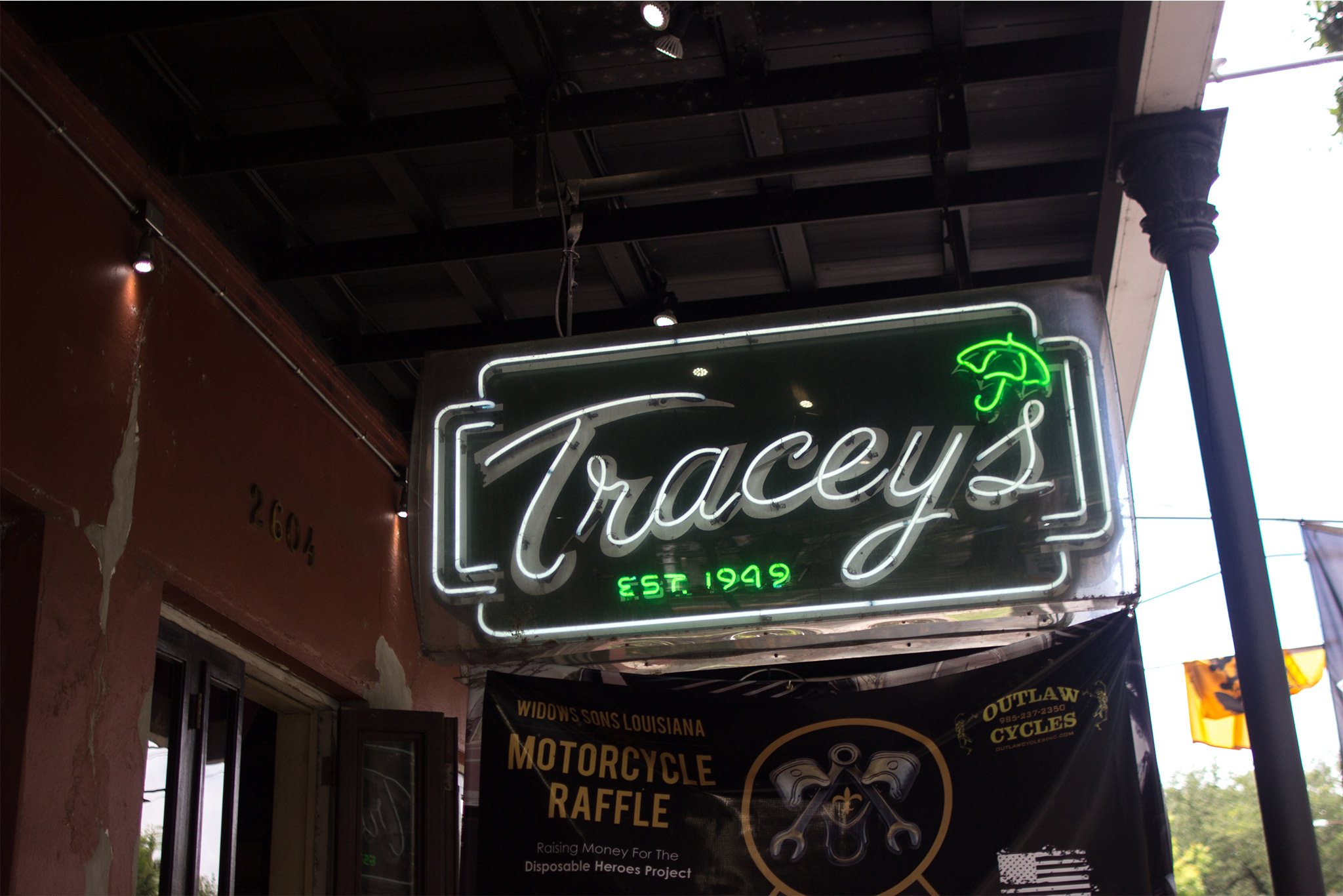 Tracey's Exterior