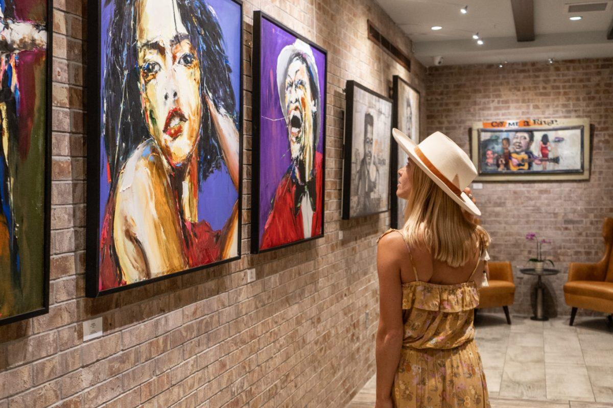 Mercantile Hotel New Orleans Boutique Hotel Luna Fine Art Gallery